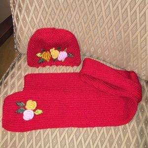Brand new hand knitted scarf and hat set 🐣